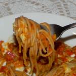 Spaghetti w sosie pomidorowo-paprykowym 5