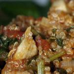Komosa ryżowa z kurczakiem, szpinakiem i pomidorami (6)