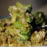 Pęczak z kurczakiem i brokułami 1