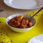 Paneer w sosie pomidorowo-paprykowym