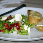 Sałatka z mozzarellą 1